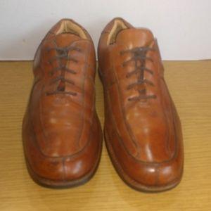 Johnson & Murphy Brown Leather Spilt Toe Oxfords